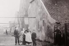 Straat achter Touwmuseum de Baanschuur